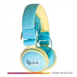 Auriculares Life is a playlist Mr. Wonderful