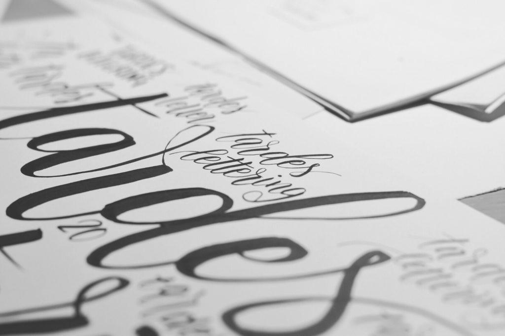 Practica con las tardes de lettering